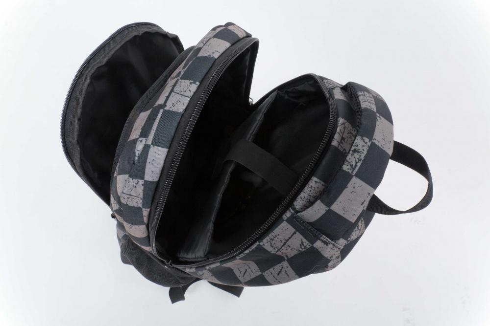 495559b0ff3 ... Školní kreativní pixelový batoh šedá kostka šedá PXB-16-07 ...