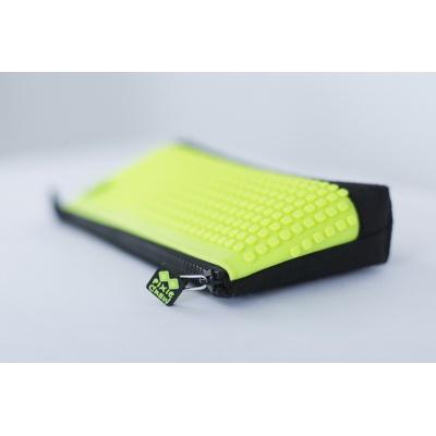 Kreatívny pixelový školský peračník neonovo zelený/čierny PXA-01-L05