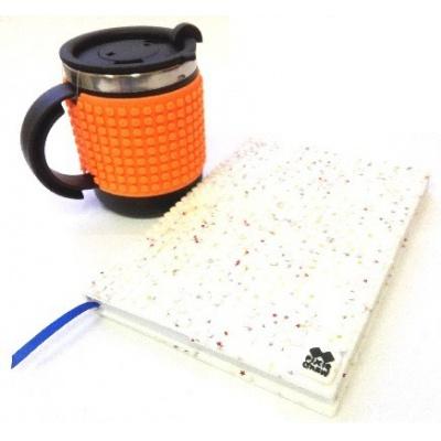 Kreativní SET pixelový diář s obalem bílé hvězdy + pixelový termohrneček neon oranžový