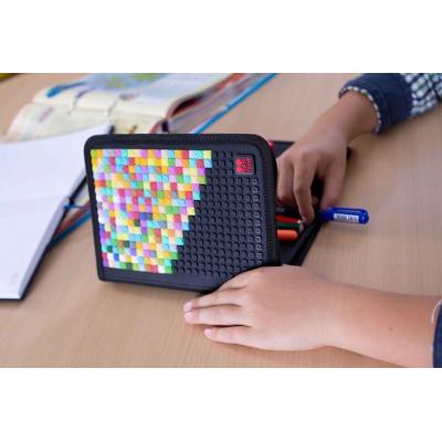 Kreativní pixelový školní penál černá abeceda PXA-04