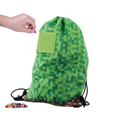 Volnočasový kreativní pixelový vak zelená kostka PXB-28-83